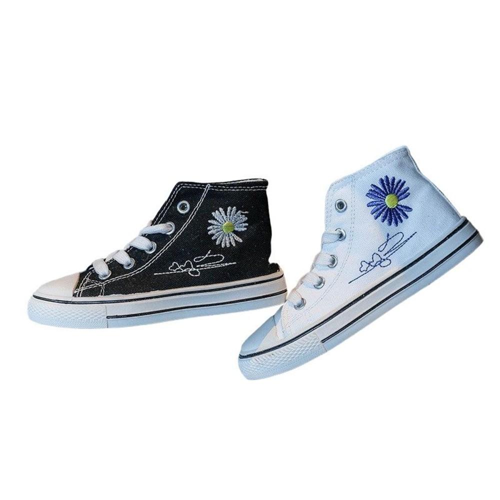繡花帆布鞋